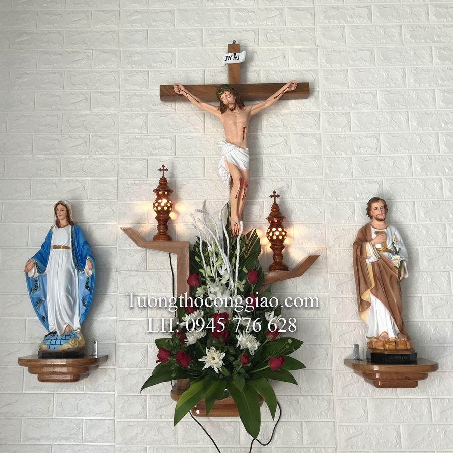 Kệ bàn thờ Chúa treo tường
