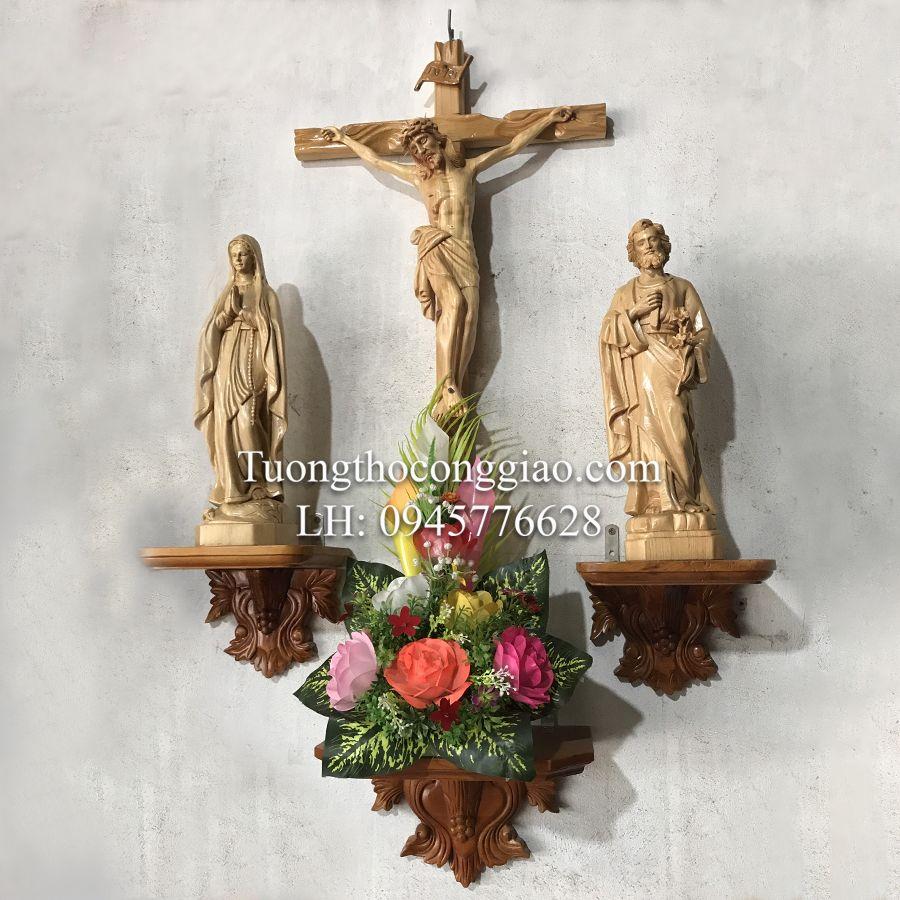 bàn thờ thiên chúa bằng gỗ 1