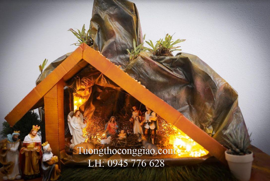 Hang đá Giáng Sinh của anh Nguyễn Văn Khánh - khách hàng của Tuongthoconggiao.com